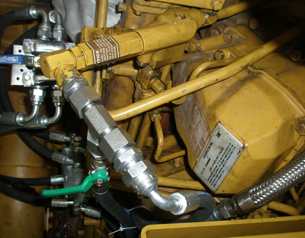 Подключение топливопроводов. Фото 2