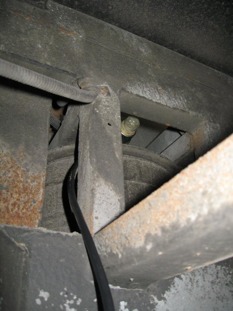 Подключение кабеля к датчику