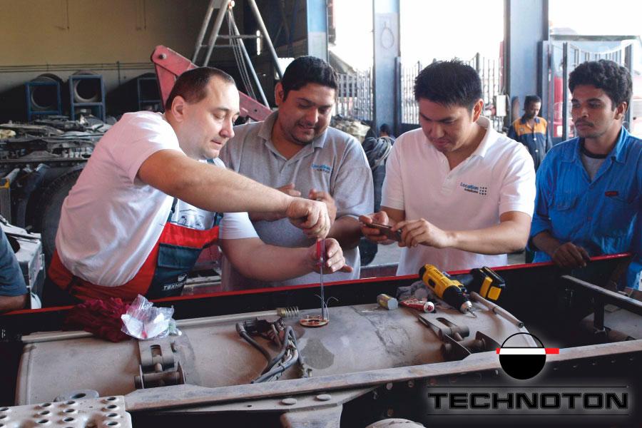 Installing DUT-E fuel level sensor