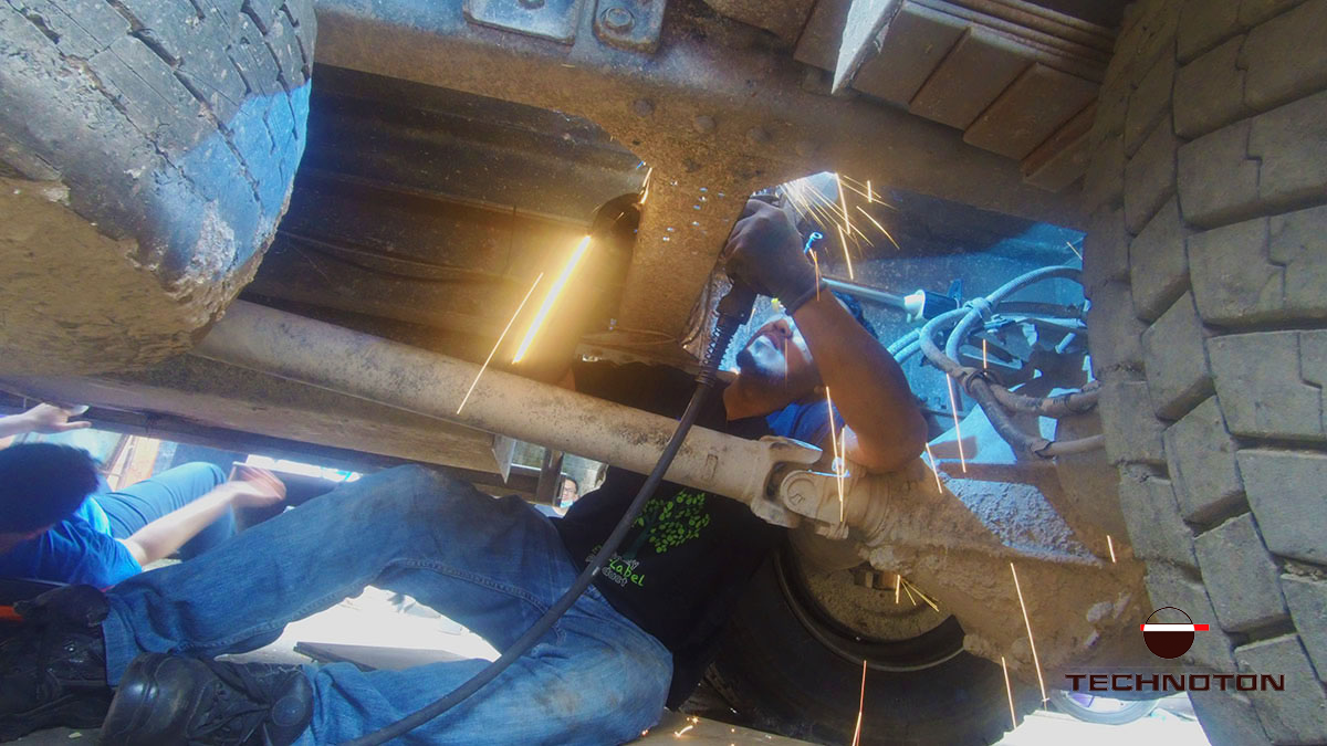 Axle load sensor installation on a garbage truck