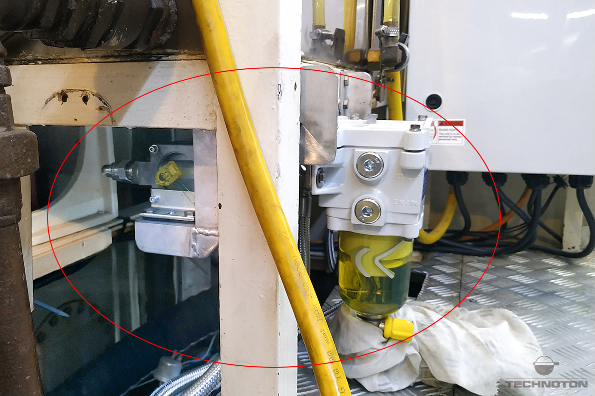Installation of fuel flow meter near the separator filter