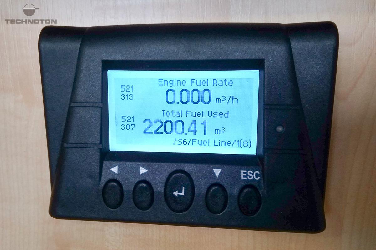 Consumo de combustible del buque en la pantalla MasterCAN Display 35